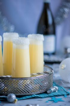 Pineapple Coconut Champagne Cocktail. Oh my oh me. Pineapple juice, coconut juice, champagne…hold me up:)