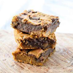 Healthy Peanut Butter Blondies! A healthy dessert recipe made with chickpeas! Gluten-free, dairy-free, refined-sugar free & vegan!