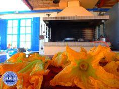 Appartamenti in affitto a Creta zorbas - Zorbas Island apartments in Kokkini Hani, Crete Greece 2020 Mykonos Greece, Crete Greece, Athens Greece, Santorini, Heraklion, Holiday News, Greek Isles, Greece Islands, Corfu