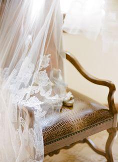 Rustic Elegance in Beaver Creek at Red Sky Ranch Parisian Wedding, French Wedding, Dream Wedding, Wedding Day, Bridal Photoshoot, Wedding Veils, Bridal Veils, Wedding Dresses, Rustic Elegance