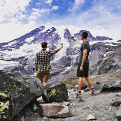 Cheers to you the forever iconic and inspiring Mount Rainier.  This is the view after about 3 miles of hiking up the skyline trail... see it with @searick1 who's been leading adventures in the #Seattle area and beyond for years. http://ift.tt/1QV3nkY  #pnwonderland #mountrainier #pnwcollective #wearealladventurers #findyouradventure #igtravel #nakedplanet #getoutside #wanderlust #keepitwild #explorenature #exploreeverything by embarkorg