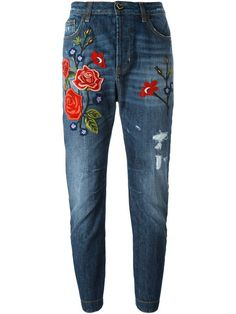 Shoppen Twin-Set Bestickte Boyfriend-Jeans von Spinnaker Alassio aus den weltbesten Boutiquen bei farfetch.com/de. In 400 Boutiquen an einer Adresse shoppen.