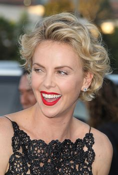 25 of Charlize Theron's Best Beauty Looks | StyleCaster