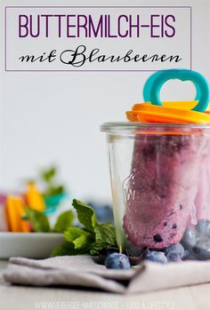 Buttermilch-Eis mit Blaubeeren | Popsicle-Icecream from Buttermilk and Blueberries via ÜberSee-Mädchen - Ein Blog über Food, Photographie & die schönen Dinge
