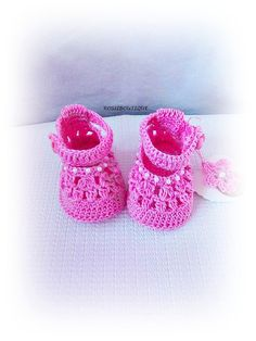 Baby pink shoes Crochet baby shoes Baby shower by ROSSIBOUTIQUE