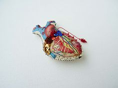 anatomical heart by Lyndie Dourthe