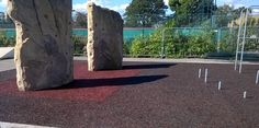Using different colours within rubber mulch safety surfacing can be an easy but effective design