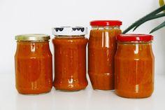 Vegprojekt: Sugo di pomodoro Base Foods, Plant Based Recipes, Hot Sauce Bottles, Vegan Recipes, Plant Based Meals, Vegan Dinner Recipes