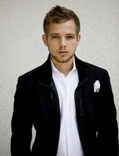 Max Theirot. Oooohhhh why hello there. I've been looking for you.