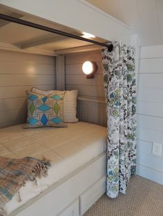 Bedroom Photos Bunk Beds Design, Pictures, Remodel, Decor and Ideas - page 17 Curtain rod idea for upstairs hall beds? Bunk Beds Built In, Kids Bunk Beds, Tiny Spaces, Loft Spaces, Hidden Spaces, Small Rooms, Bed Nook, Bunk Rooms, Bunk Bed Designs