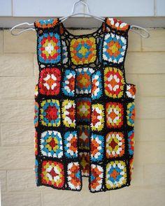 Transcendent Crochet a Solid Granny Square Ideas. Inconceivable Crochet a Solid Granny Square Ideas. Crochet Vest Pattern, Granny Square Crochet Pattern, Crochet Squares, Crochet Stitches, Crochet Patterns, Crochet Waistcoat, Crochet Jacket, Crochet Cardigan, Crochet Vests