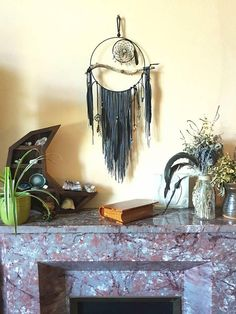 Large Dream Catcher - Crystal Jewellery - Jewellery Display - Black - Raven Feathers - Jewellery with a purpose - Crystals Check out this item in my Etsy shop https://www.etsy.com/uk/listing/613335874/large-dream-catcher-jewellery-crystal