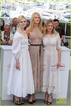 Nicole Kidman, Kirsten Dunst & Elle Fanning Coordinate At 'The Beguiled' Cannes Photo Call!