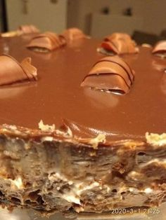 Greek Sweets, Greek Desserts, Party Desserts, Summer Desserts, Sweets Recipes, Cake Recipes, Easy Chocolate Pie, Greek Pastries, Yummy Drinks