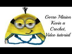 Gorro Minion a crochet, vídeo tutorial | Manualidades Crochet Videos, Baby Hats, Minions, Crochet Baby, Charts, Winter Hats, Youtube, Diy Projects, Cartoon