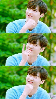 Lee Jong Suk in blue