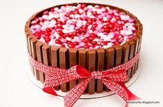 Kathie Cooks...: Kit Kat M&M Cake- for Valentines Day