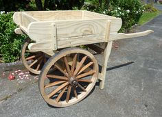 a cool little replica rustic hand cart, built as a garden display but could be used in so many other ways from hospitality to retail Wood Projects, Woodworking Projects, Garden Wagon, Hand Cart, Wooden Cart, Sweet Carts, Backyard Greenhouse, Homemade Furniture, Flower Cart