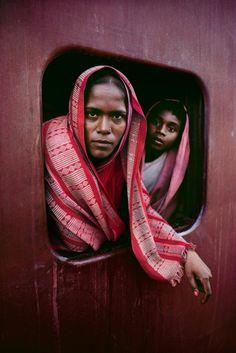 Steve McCurry : les voyages en train en Inde | Phototrend.fr