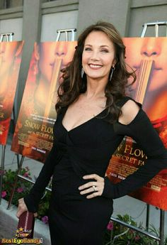 LYNDA CARTER STILL GORGEOUS AFTER SO MANY YRS LOVE HER =}