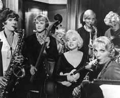 Cropped screenshot of Tony Curtis, Jack Lemmon and Marilyn Monroe from the trailer for the film Some Like It Hot