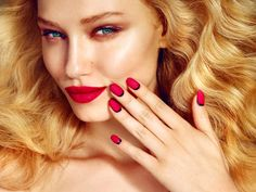 iza grzybowska photography beauty campaign advertising color beauty red lip nails oriflame campaign