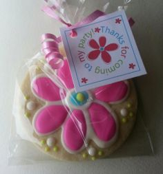Sugar cookies with royal icing - flower design