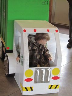 cardboard garbage truck was the HIT of the party Second Birthday Ideas, Third Birthday, 3rd Birthday Parties, Birthday Wishes, Boy Birthday, Garbage Truck Party, Trash Party, Boy Party Favors, Cardboard Box Crafts