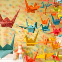 Top 5 nursery trends of 2013...of course origami made the list.  Haha, trendsetting!