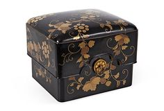 Meiji period antique Japanese Lacquered Writing Box