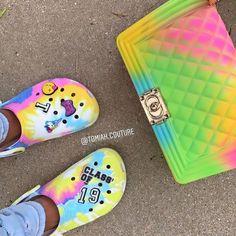 How's summer going for you🌞! Crocs Shoes, Shoes Heels, Shoes Sneakers, Flats, Crocs Fashion, Women's Fashion, Fashion Outfits, Crocs Classic, Fresh Shoes
