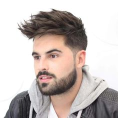 This pin was discovered by daniel arenas. Mens Hairstyles 2018, Mens Hairstyles With Beard, Cool Hairstyles For Men, Hairstyles Haircuts, Haircuts For Men, Medium Beard Styles, Hair And Beard Styles, Short Hair Styles, Beard Trend