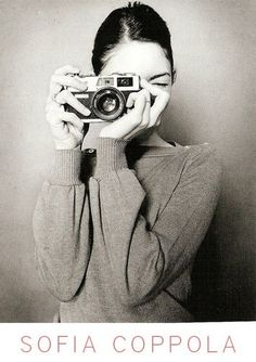 sofia coppola + camera + self + portrait Sofia Coppola, Por Tras Das Cameras, Girls With Cameras, Oscar Wilde, Black And White Photography, Beauty, Beautiful, Cheese, Lens