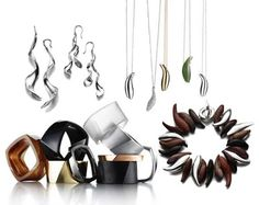 ab5badb5a Graphic Art Jewelery: Modern Art Accessories by Frank Gehry for Tiffany & Co .