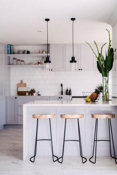 35+ Amazing Small Kitchen Design Ideas #kitchen #kitchenideas #design