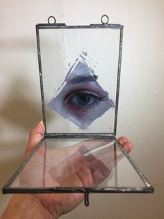 We've shown you the paintings of Henrik Uldalen before, but this morning we admire a series of paintings on glass that he did. We've shown you the pai...