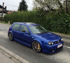 Golf  Menciona a tus amig@s   Siguenos: @gasolina108octanos  Hastags  #rally #racing #defiendelosrallyes #coche #car #jdm #stance #wrc #drift #motor #escape #ruedas #asfalto #carretera #llantas #motorsport #circuito #omp #siemprefitununcacircuito #vw #volkswagen #golf #volkseagengolf #vag Golf Jetta, Golf Gti R32, Volkswagen Golf, Vw Mk4, Mini Trucks, Vw Cars, Import Cars, Jdm, Modified Cars