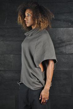 Перекрученный свитшот-пончо / Простые выкройки / Своими руками - выкройки, переделка одежды, декор интерьера своими руками - от ВТОРАЯ УЛИЦА