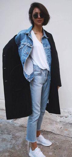 street+style+obsession+/+black+coat+++denim+jacket+++tee+++jeans+++sneakers