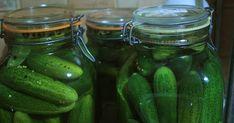 A tökéletes ecetes uborka receptje - Így lesz finom, roppanós | Femcafe Pickles, Cucumber, Food, Essen, Meals, Pickle, Yemek, Zucchini, Eten