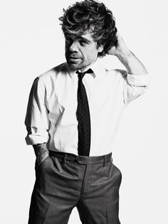 Peter Dinklage in a custom-made Giorgio #Armani suit, shirt, and tie