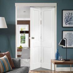 Victorian Shaker White Primed Bifold Door. #bifoldshakerdoor #internalbifolddoor #whitebifolddoor