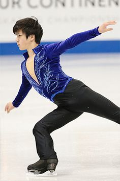 Figure Skating Costumes, Figure Skating Dresses, Japanese Figure Skater, Shoma Uno, Ice Skaters, Dance Fashion, Hanyu Yuzuru, Male Figure, Dance Outfits