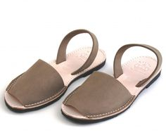 TAUPE ABARCAS MENORQUINAS « Verano Shoes - Sandals