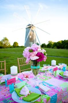Great bridal shower theme! (Lilly Pulitzer) - This has Anna Greene's name written all over it!
