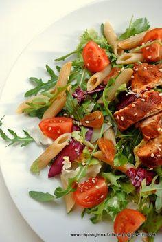 Inspiracje na kolacje: Dietetyczna sałatka z kurczakiem Appetizer Recipes, Salad Recipes, Healthy Recipes, Appetisers, Atkins, Slimming World, Caprese Salad, Salads, Food And Drink