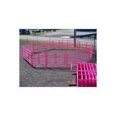 Pink Panels I want some. The ranch would look awesome! Horse Love, Horse Girl, Country Life, Country Girls, Round Pen, Show Cattle, Showing Livestock, Dream Barn, Farm Barn