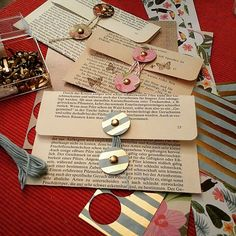 Creating pockets from old book pages. Fantastic repurposing idea for sending mail or making homemade invitations. Creating pockets from old book pages. Fantastic repurposing idea for sending mail or making homemade invitations. Old Book Crafts, Book Page Crafts, Diy Old Books, Vintage Paper Crafts, Diy Paper, Envelopes, Envelope Art, Origami Envelope, Old Book Pages