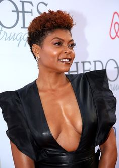 19 Best Pixie Cuts of 2019 - Celebrity Pixie Hairstyle Ideas Short Natural Styles, Short Natural Curly Hair, Tapered Natural Hair, Short Sassy Hair, Short Hair Cuts, Pixie Cuts, Natural Big Chop, Natural Hair Haircuts, Short Afro Hairstyles