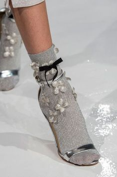 Reem Acra, Spring 2017 - New York's Best Spring Runway Shoes - Photo. Reem Acra, Spring 2017 - New York's Best Spring Runway Shoes - Socks And Heels, Shoes Heels, Louboutin Shoes, Shoes Sneakers, High Heels, New York Fashion, London Fashion, Prom Shoes, Dress Shoes